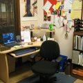 Things to consider while buying office desks